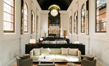 August Hotel: Ένα μοναστήρι που μετατράπηκε σε ατμοσφαιρικό boutique hotel