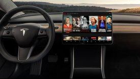 H Tesla βάζει το Netflix στα αυτοκίνητά της!