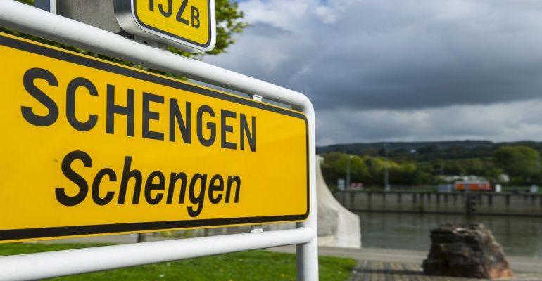 Στο τραπέζι σενάριο διάσπασης της Συνθήκης Σένγκεν