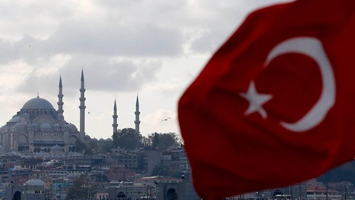 Εκατομμύρια Ρώσοι τουρίστες κατακλύζουν την Τουρκία