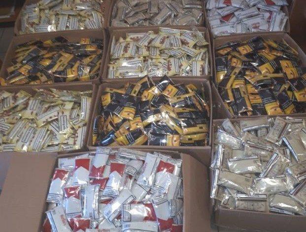 Συνελήφθησαν για κατοχή και διακίνηση λαθραίων καπνικών προϊόντων