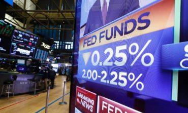Fed: Μείωσε τα επιτόκια για πρώτη φορά μετά από πάνω από 10 χρόνια