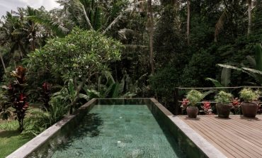 Haigha House: Μία εξοχική κατοικία με γοητευτικό μοντερνισμό στο Μπαλί