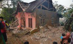 Ινδονησία: Τουλάχιστον πέντε νεκροί εξαιτίας του ισχυρού σεισμού