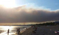 Μεγάλη πυρκαγιά στη Σμύρνη - Μέχρι τα νησιά του Αιγαίου ο καπνός