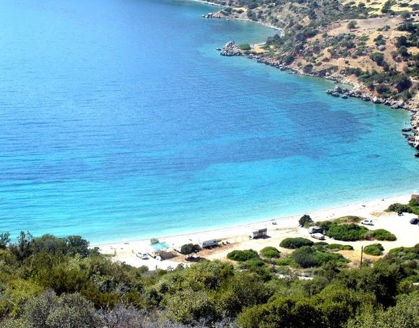Οι ελληνικές παραλίες που διαφημίζουν τη χώρα μας στο εξωτερικό