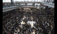 Χονγκ Κονγκ: Ματαίωση όλων των πτήσεων λόγω μαζικής αντικυβερνητικής διαμαρτυρίας