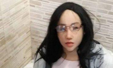 Απαγχονίστηκε ο έμπορος ναρκωτικών που υποδύθηκε την κόρη του για να δραπετεύσει από τη φυλακή