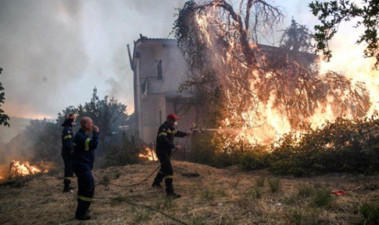 Αυτός είναι ο εθελοντής πυροσβέστης που τραυματίστηκε στην Εύβοια