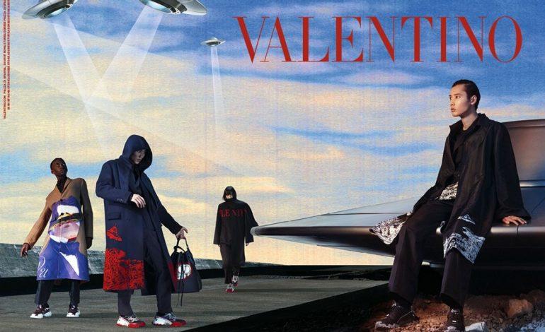 Η φθινοπωρινή συλλογή του Valentino έχει κάτι από παρελθόν και μέλλον