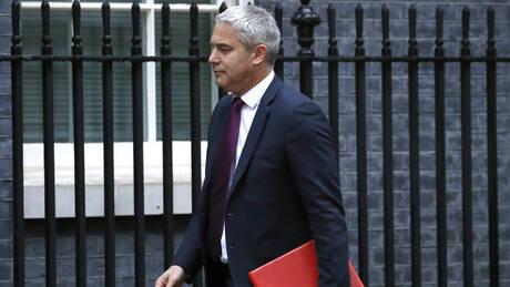 «Η Βρετανία είναι έτοιμη για άτακτο Brexit, αν χρειαστεί» διαμηνύει ο αρμόδιος υπουργός