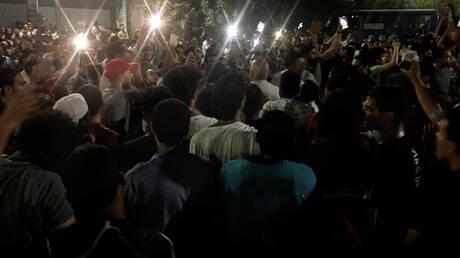 Αίγυπτος: Νέες διαδηλώσεις στο Σουέζ – Βίαιη επέμβαση της αστυνομίας καταγγέλουν μάρτυρες