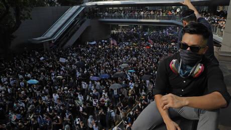 Η Κίνα κάλεσε τον Γερμανό πρεσβευτή με την κατηγορία της παρέμβασης στο Χονγκ Κονγκ (pics&vid)