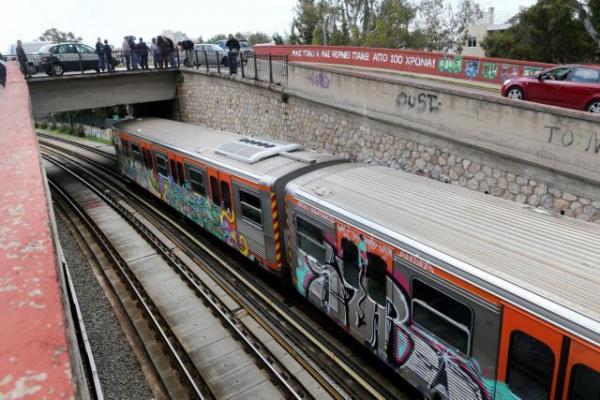 Πιο συχνά τα δρομολόγια σε μετρό και ΗΣΑΠ