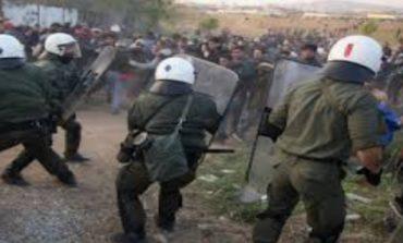 Επεισόδια και χημικά στο χοτσποτ της Κω - Τραυματίστηκαν αστυνομικοί και μετανάστες
