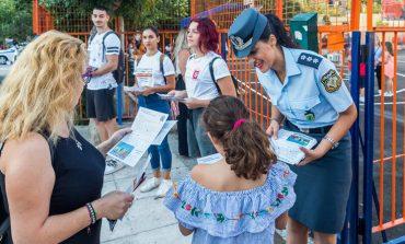 Ανοίγουν τα σχολεία: Αστυνομικοί θα μοιράσουν ενημερωτικά φυλλάδια