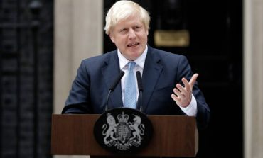 Μεγάλη Βρετανία: Προβάδισμα 15% για τους Συντηρητικούς έναντι των Εργατικών