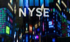 Επιφυλακτικότητα και μικτά πρόσημα στη Wall Street
