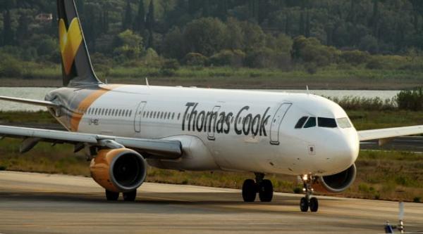 Thomas Cook: «Φωτιά» στα αεροπορικά εισιτήρια – Οι εξωφρενικές τιμές