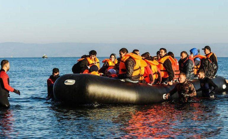 «Βουλιάζουν» τα νησιά του βορείου Αιγαίου: Πάνω από 800 νέοι προσφυγες αφίχθησαν σε 48 ώρες