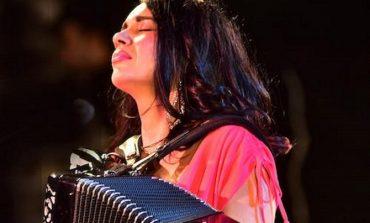 Συναυλία απόψε 6/09 στο Δημαρχείο Κηφισιάς με τη Ζωή Τηγανούρια.