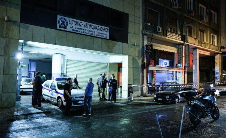 Ομόνοια: Υπαρχιφύλακας εκτός υπηρεσίας, συνέλαβε δράστη αιματηρής επίθεσης σε συμπλοκή