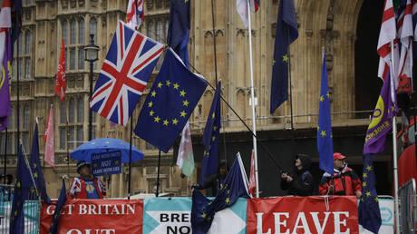 Η ΕΕ αποφασίζει για την παράταση του Brexit
