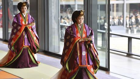 Ιαπωνία: Παράδοση, κανονιοβολισμοί και υψηλές παρουσίες στην ενθρόνιση του αυτοκράτορα Ναρουχίτο