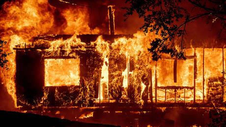 Καλιφόρνια: Μαίνεται ανεξέλεγκτη η φωτιά – Υποχρεωτικές εκκενώσεις εκατοντάδων σπιτιών (pics&vids)