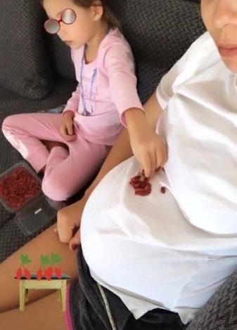 Ολυμπία Χοψονίδου : Πόσο έχει φουσκώσει η κοιλίτσα της στον έβδομο μήνα