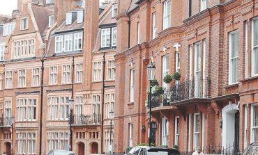 Βρετανία: Πέφτουν οι τιμές για τις κατοικίες λόγω Brexit