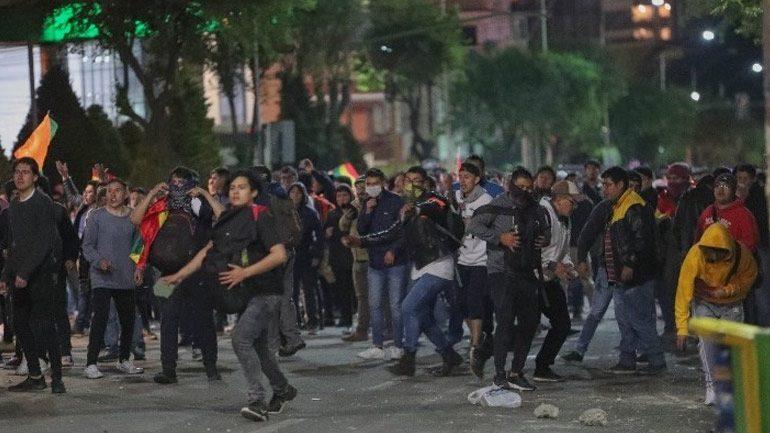 Βολιβία: Επεισόδια μετά τα αποτελέσματα που φέρουν τον Μοράλες νικητή στον πρώτο γύρο