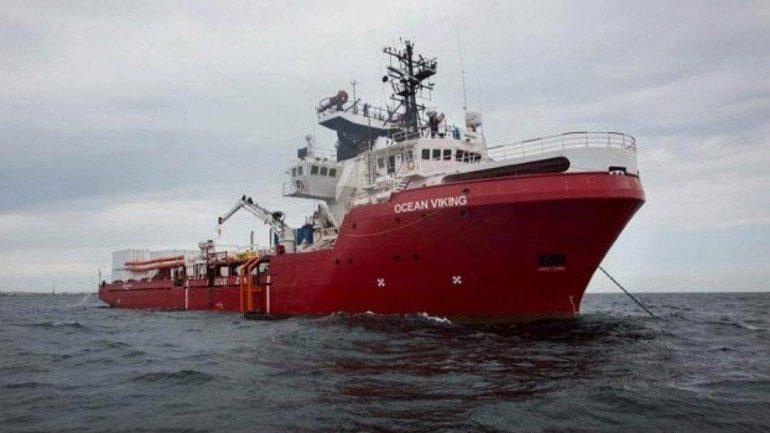 Ιταλία: «Πράσινο φως» στο Ocean Viking να αποβιβάσει στη Σικελία 104 μετανάστες