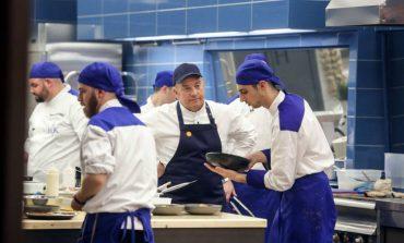 Εισαγγελική έρευνα για τις καταγγελίες 19χρονου για το εστιατόριο του Μποτρίνι