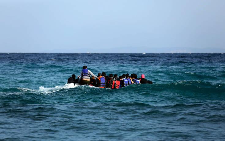 Στη διάσωση 51 μεταναστών ανοιχτά της Σάμου προχώρησε η Frontex