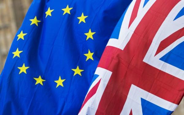 Brexit : Μια ανάσα από τη συμφωνία Βρυξέλλες και Λονδίνο