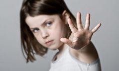 Κατάθεση σοκ: Ο «δράκος» με το φλάουτο «κυνηγά» ακόμη το παιδί μας