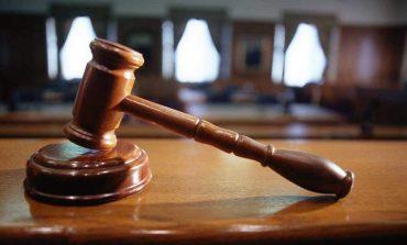Μετατροπή της ποινής σε παιδοκτονία προτείνει ο εισαγγελέας για τη 19χρονη από την Πετρούπολη