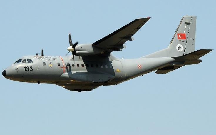 Συνεχής η ένταση πάνω από το Αιγαίο, η Τουρκία έστειλε δύο κατασκοπευτικά CN-235