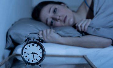 Aυξημένος ο κίνδυνος εγκεφαλικού και καρδιακής προσβολής στα άτομα με αϋπνία