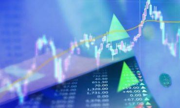 H απασχόληση στις ΗΠΑ και το εμπόριο έστειλαν σε νέα υψηλά S&P 500 και Nasdaq
