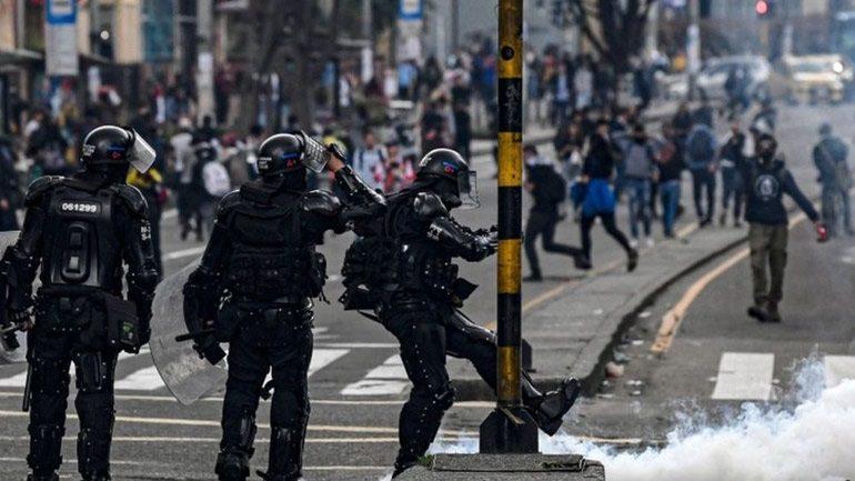 Κολομβία: Άρχισε «κοινωνικός διάλογος» για τον τερματισμό των κινητοποιήσεων