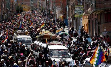 Διαδηλώσεις κατά της βίας των γυναικών σε Βολιβία και Χιλή