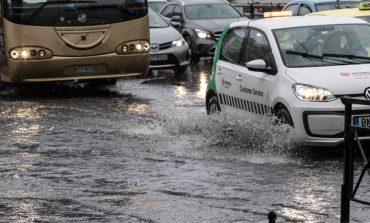 Εθνική οδός Αθηνών – Κορίνθου: Κλειστή για ακόμα 3-4 ώρες και στα δύο ρεύματα