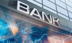 """Τράπεζες: """"Μαχαίρι"""" στα λειτουργικά έξοδα με κύριο μοχλό τις μειώσεις προσωπικού"""