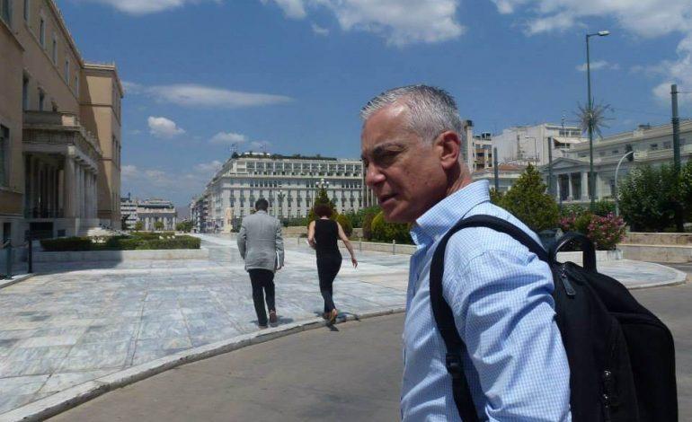 Όπου και να ταξιδέψω. Ο Νίκος Βατόπουλος σήμερα 21/11 στο Σπόρο στην Κηφισιά