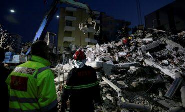 Σεισμός στην Αλβανία: Τουλάχιστον 24 οι νεκροί και εκατοντάδες οι τραυματίες από τα 6,4 Ρίχτερ