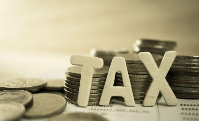 Πόσο αλλάζουν μισθοί και συντάξεις με το νέο φορολογικό – Τι έρχεται για οφειλές προς το δημόσιο