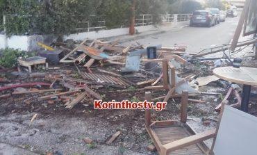 Αυτοκίνητο διέλυσε καφετέρια στο Λουτράκι
