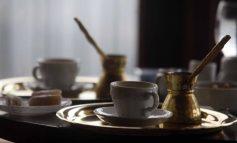 Η ανάρτηση καφετζή από το Αγρίνιο με τα χιλιάδες σχόλια και likes: Γιατί κύριε κράτος;